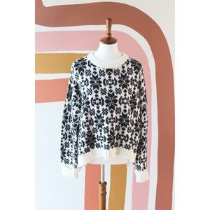 NWT H&M black and white sweater